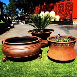 GRC-Pot-Cauldron-Bell-Planter-250